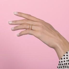 Duchesse ring with diamonds